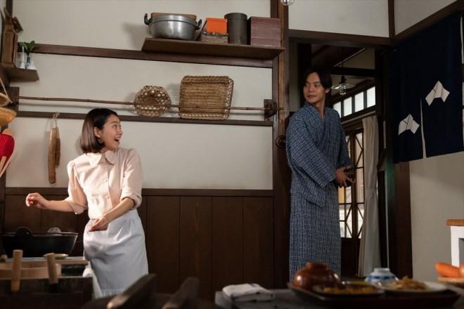 裕一(窪田正孝)と音(二階堂ふみ)の新婚生活がスタート(C)NHK