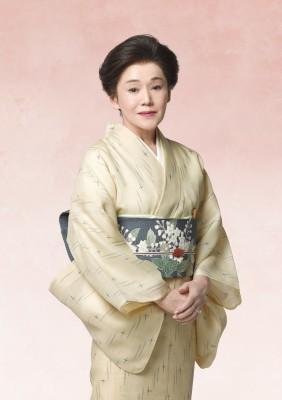 女優・杉村春子の当たり役と言われる布引けいを演じる大竹しのぶ