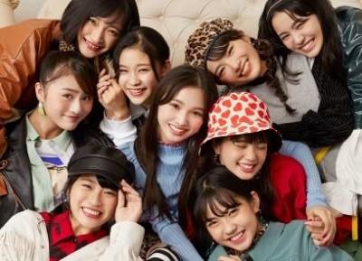 Girls2のメンバー