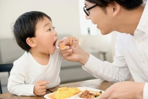 調査では「食事時間を含め家族の時間が長くなった」と家族団らんの時間を楽しむ人も