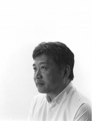 是枝裕和監督(C)藤井保
