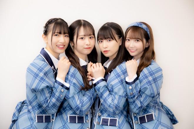 ≠ME(左から)蟹沢萌子、尾木波菜、冨田菜々風、谷崎早耶