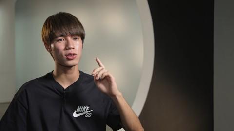 インタビューに答える堀米雄斗選手