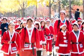 サンタ姿で楽しく走る、「東京グレートサンタラン2018」が東京で初開催