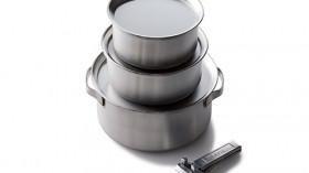 きれいにスタッキングできてリッドはお皿にもなる板厚ステンレスポット3種セット