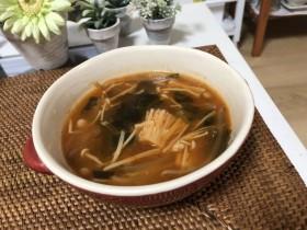 新陳代謝UPを目指そう!!もやしを使った低コスト低カロリーなピリ辛脂肪燃焼スープ