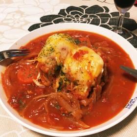 寒い日に食べたい♪簡単にできる!「鶏のトマトチーズ煮込み」のレシピをご紹介します
