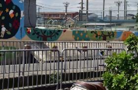 女児死亡のブロック塀、高槻市「建築基準法に適合せず」…ルールはどうなっている?
