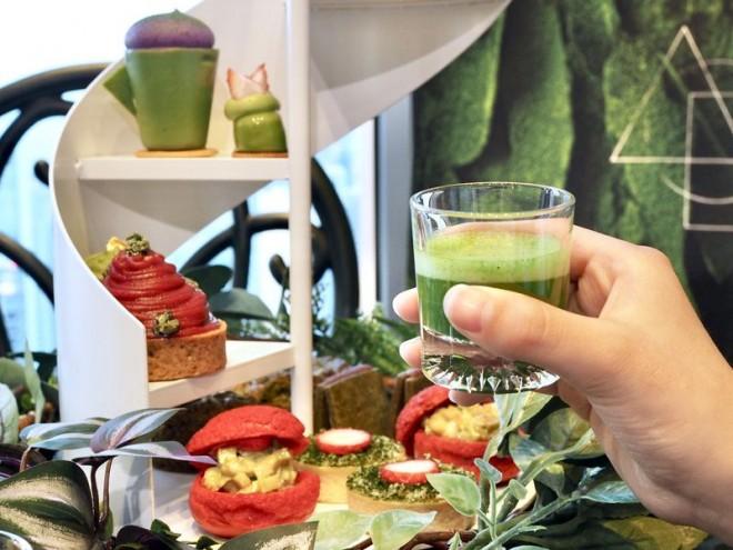 サムネイル 極上抹茶といちごの秘密の花園!コンラッド大阪・アフタヌーンティー