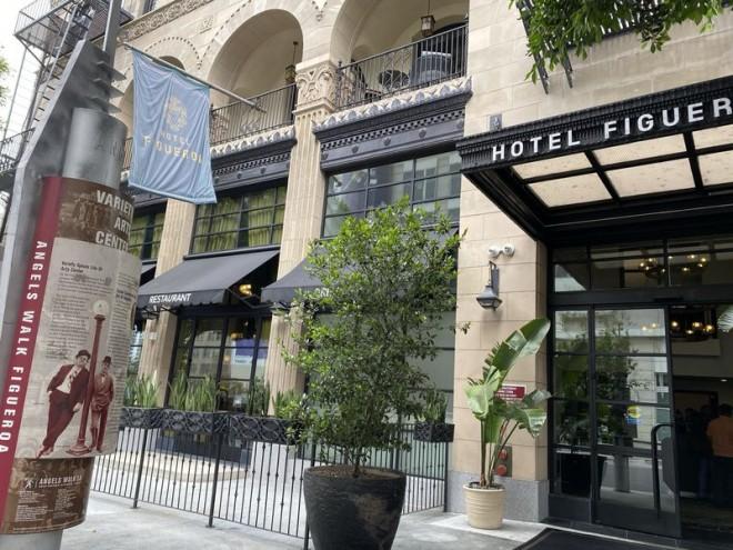 サムネイル LAダウンタウンで100年の歴史を誇る「ホテル フィゲロア」