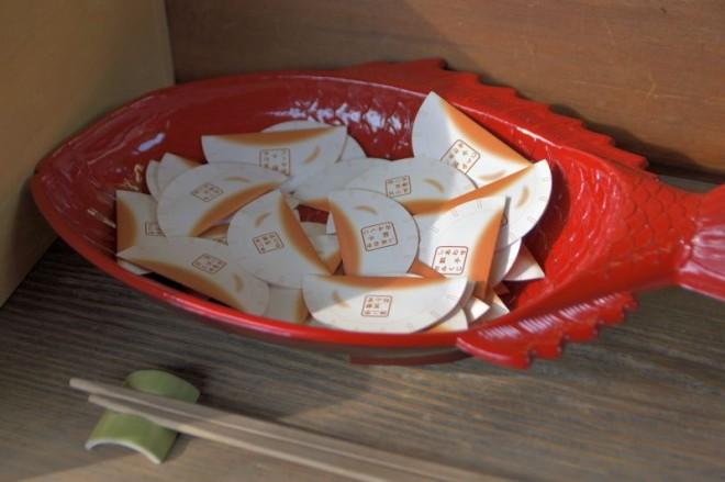 サムネイル ギョッ、餃子のおみくじ!宇都宮「二荒山神社」は幸せのパワースポット