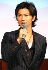 『ホタルノヒカリ』の制作記者会見に出席した武田真治