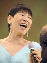 カールの名曲を熱唱する和田アキ子