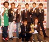 『M-1グランプリ2007』のプレス発表会に出席したチュートリアル、麒麟、笑い飯、トータルテンボス