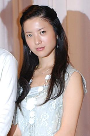 映画『転々』の完成披露試写会に出席した吉高由里子