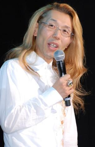 サムネイル ゲスト審査員の假屋崎省吾