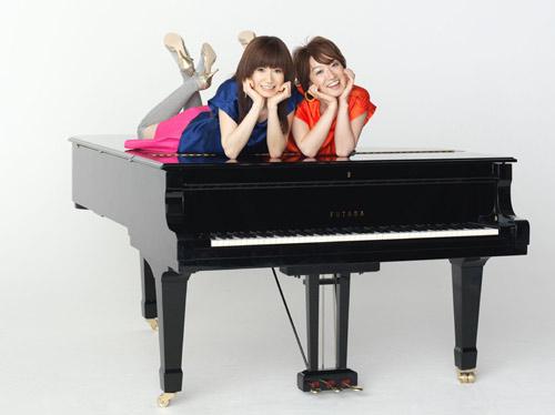 サムネイル 女性ピアノ連弾デュオ FUTABA