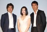 (左から)佐藤浩市、鈴木京香、阿部寛