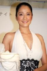 プラチナ・ギルド・インターナショナルの広告キャラクターでモデルの熊沢千絵