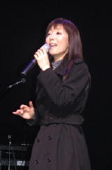 公開ゲネプロで戸田恵子が熱唱
