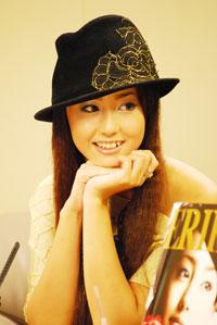 7月23日(月)、『Yahoo!ライブトーク』に出演した沢尻エリカ