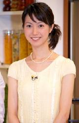 新番組『二人の食卓〜ありがとうのレシピ〜』の会見に出席した市川寛子アナウンサー