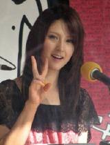 関西のラジオに初出演したリア・ディゾン