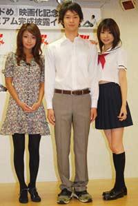(左より)次原かな、二宮敦、鈴木茜