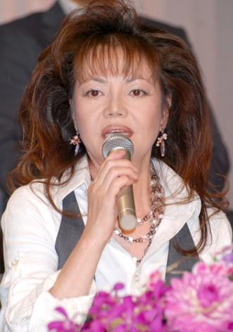 NHK連続テレビ小説『瞳』の出演者発表会見に出席した木の実ナナ