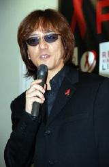 山本シュウ