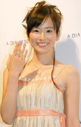 新作ダイヤモンドコレクションでショーモデルに挑戦した皆藤愛子