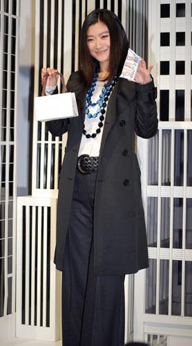 篠原涼子、9月3日(月)、『Reflect』と『粒選りショコラ』のコラボレーション発表会での様子