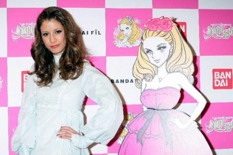 サムネイル 『美肌一族』新商品発表会に出席したセレブタレントのマリエ