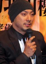 舞台『雷神不動北山櫻』(1月2日〜27日開催)の制作発表記者会見に登場した市川海老蔵