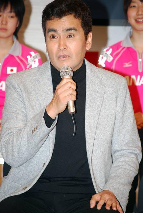 『世界卓球2008』記者会見に出席した石原良純