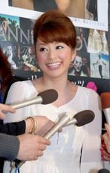 報道陣からの質問に、堤下敦との復縁を否定した土岐田麗子