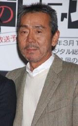 ドラマ『刑事の現場』の記者会見に出席した寺尾聰