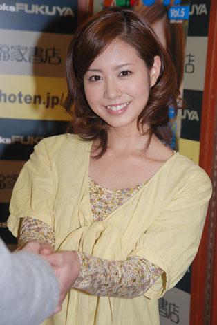 画像・写真 | 岩田さゆり、本命手作りチョコを「固いと言われた」 2枚 ...
