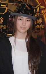 映画『ライラの冒険 黄金の羅針盤』のジャパンプレミアに登場した成海璃子
