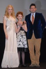 『ライラの冒険 黄金の羅針盤』舞台挨拶でのニコール・キッドマン、ダコタ・ブルー・リチャーズら