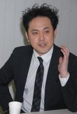 ORICON STYLEの取材に応じたくりぃむしちゅーの有田哲平