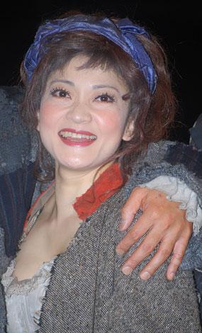 ミュージカル『ベガーズ・オペラ』の舞台稽古前に会見に出席した島田歌穂