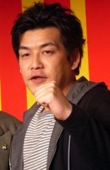 DVD『サンドウィッチマンライブ2007 新宿与太郎哀歌』の発売記念イベントに登場した富澤たけし