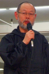 上條恒彦の代役、瑳川哲朗
