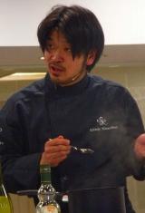 松嶋啓介シェフ