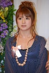 五木ひろしの紫綬褒章受賞&還暦を祝う会に出席した矢口真里