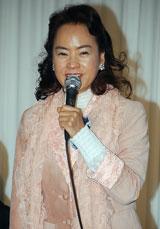 作詞家の阿木耀子