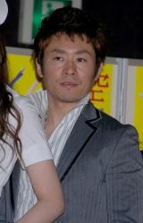 舞台『空中ブランコ』の製作発表に出席した坂元健児