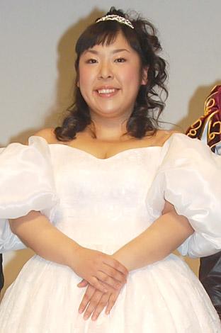 サムネイル 森三中・村上知子[08年2月撮影]