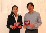 EMIミュージック・ジャパンを訪問した浅田真央